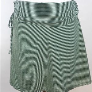 Patagonia pull on skirt small